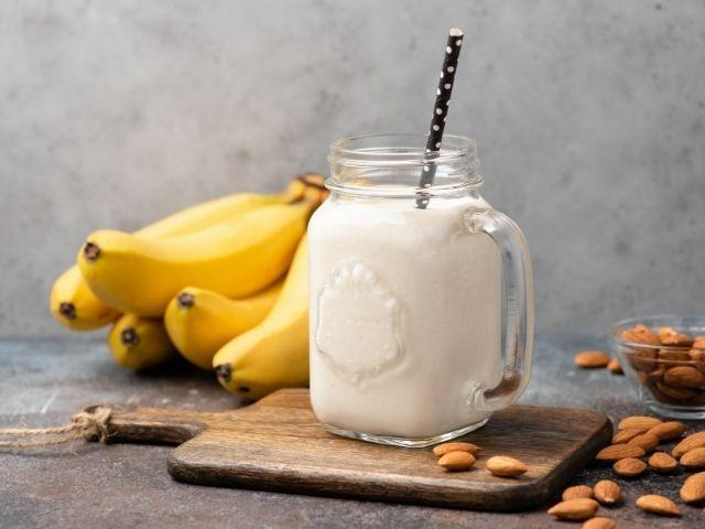 朝食 プロテイン バナナ